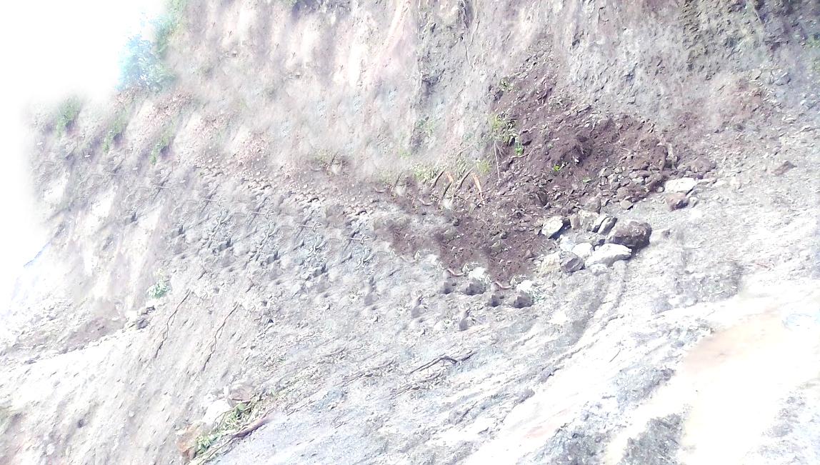 चक्रपथ निर्माणमा भएको ढिलाईले स्थानीयलाई सास्ती