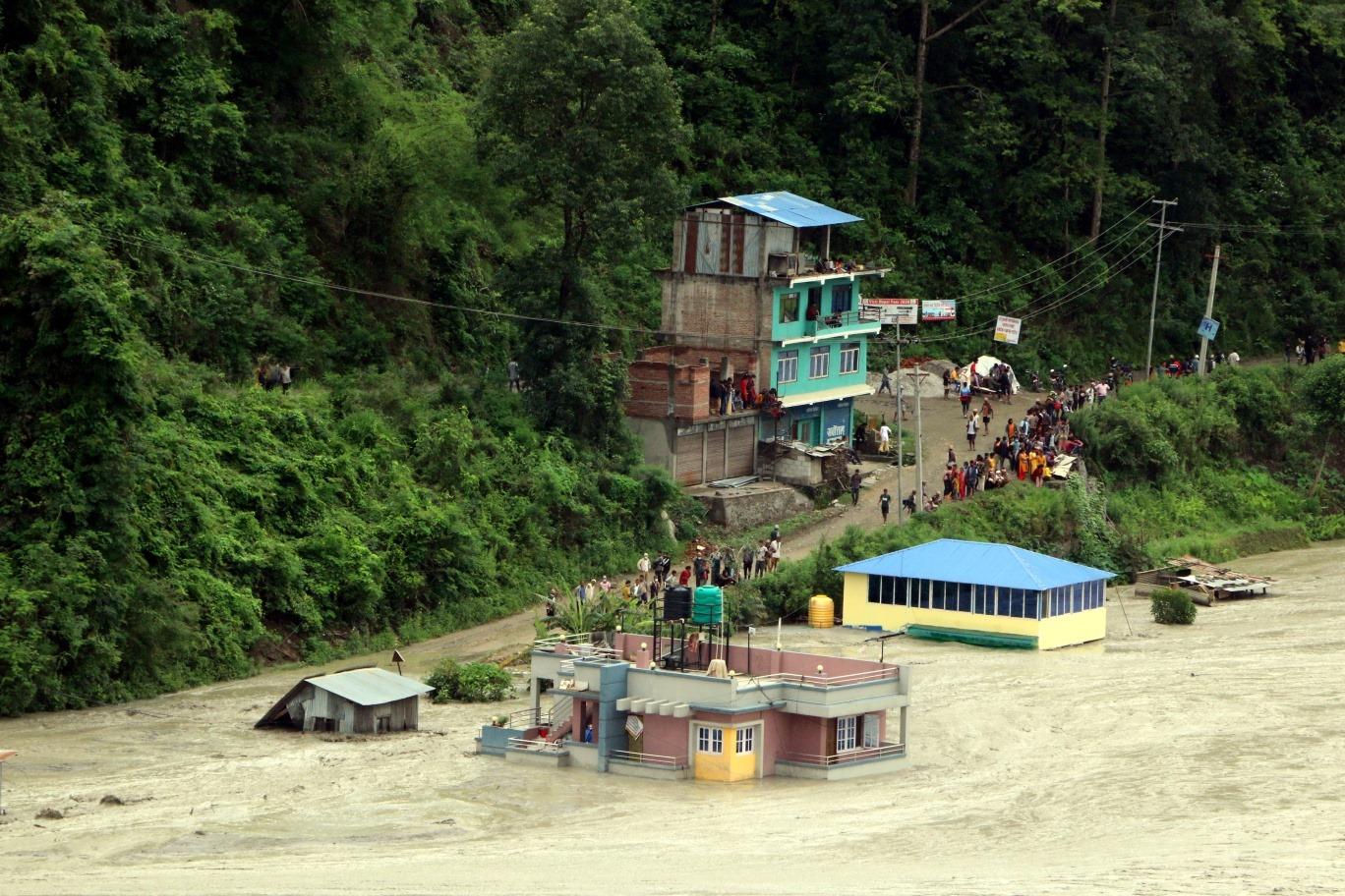 मेलम्ची बाढीमा बेपत्तामध्ये दुई चिनियाँ र एक भारतीय नागरिकको शव फेला
