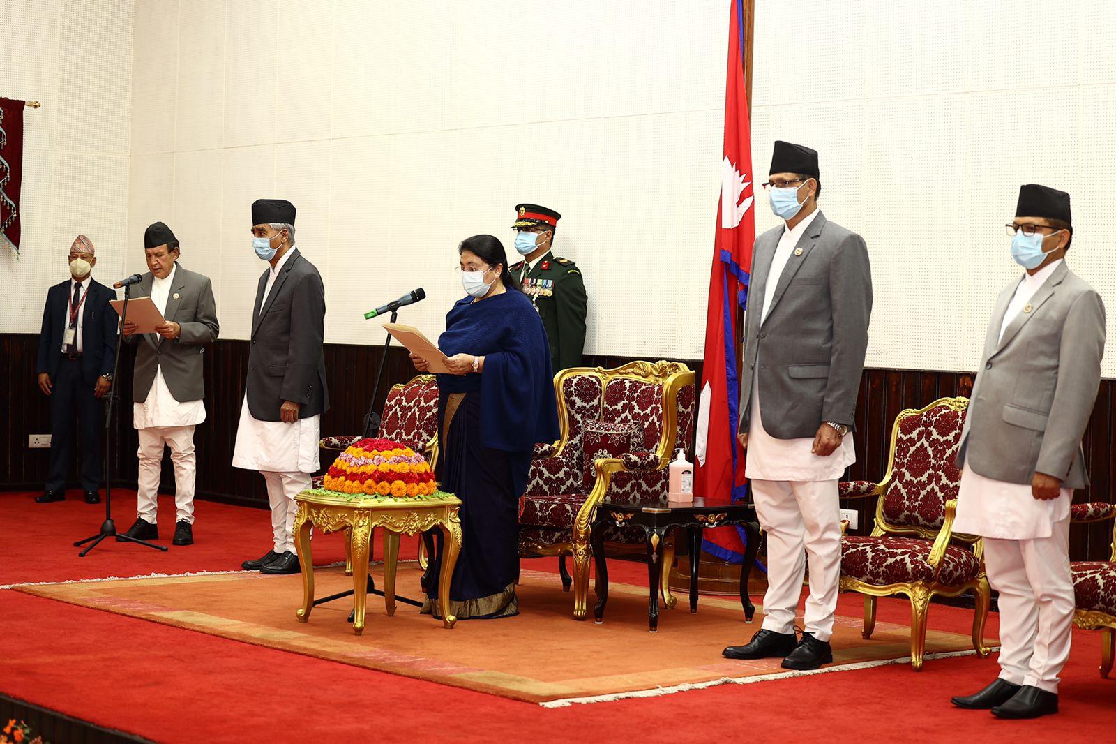 परराष्ट्र मन्त्रीको सपथ बदर गर्न माग गर्दै सर्वोच्च अदालतमा रिट दायर